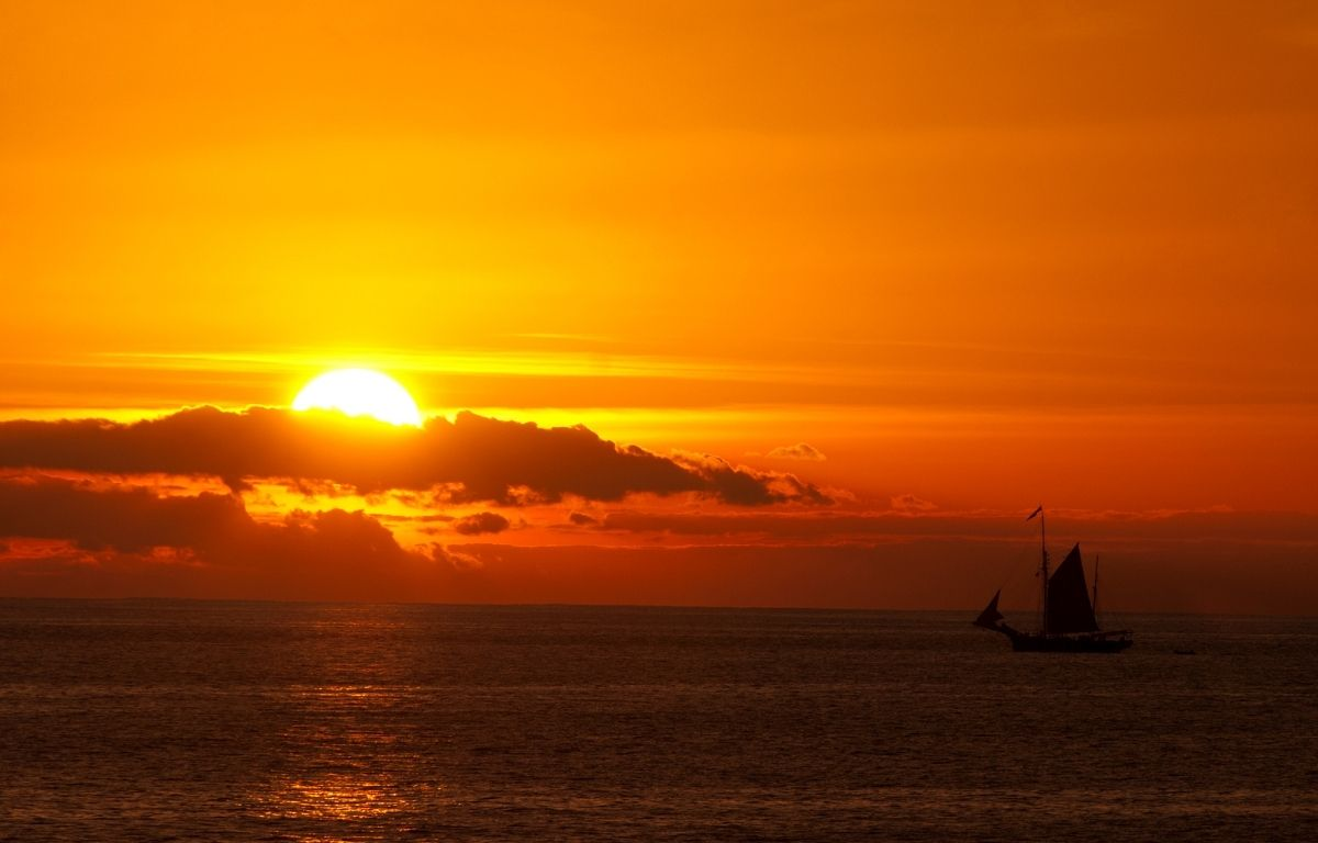 sunset of playa de la arena